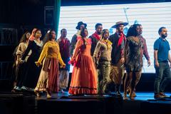Com direção-geral de Clóvis Rocha, espetáculo multimídia tem 50 artistas em cena