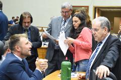 Bancadas entraram em acordo para votação, em blocos, de 133 emendas e três subemendas