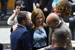 Mônica foi eleita para presidir o Legislativo no próximo ano. Mendes (e) e Pujol (d) serão os vices