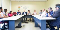 Reunião sobre Justiça Restaurativa e Políticas de Pacificação.