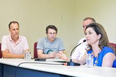 Reunião sobre Justiça Restaurativa e Políticas de Pacificação. Na foto, a diretora do Departamento de Justiça do Estado, Ana Maria Severo.