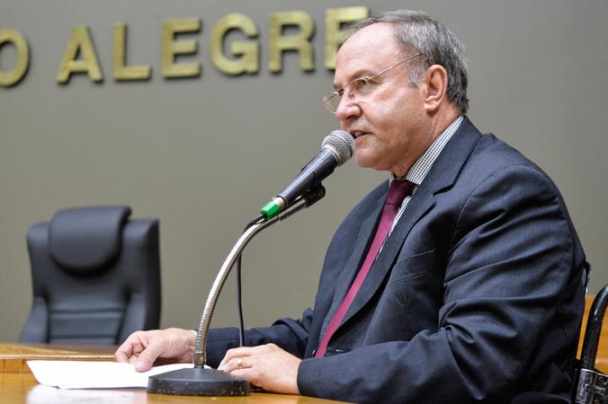 Movimentações de plenário. Na foto, o vereador Paulo Brum.