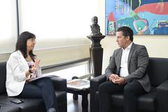 Maria Rita, presidente do Simers, em reunião com o vereador Nagelstein nesta manhã
