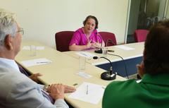 Reunião para debater o custo da segurança em Porto Alegre. Ao microfone, a Delegada Cláudia Crusius.