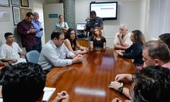 Vereadores da Cosmam visitam o Hospital de Pronto Socorro para discutir os problemas com o pagamento dos terceirizados.