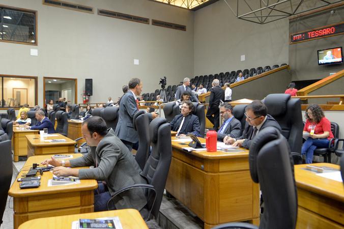Movimentações no Plenário.