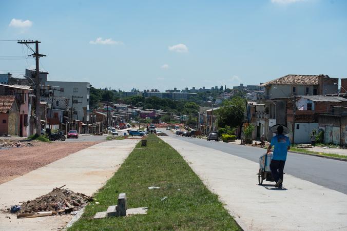Ambulante, Obras em andamento, Estrada, Avenida Tronco, Bairro Vila Cruzeiro. SFCMPA
