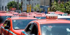 Além de ônibus, a proposta incluía táxis e aplicativos de transporte
