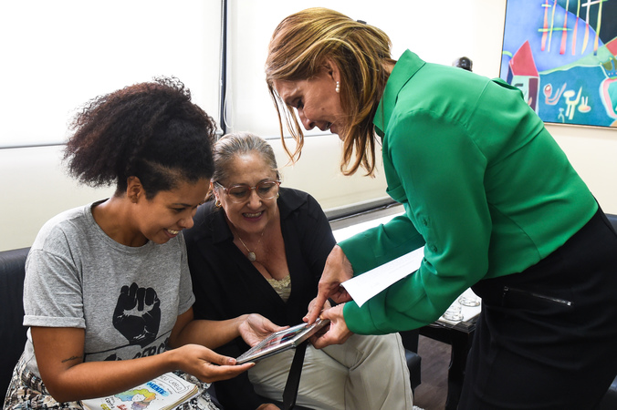 Reunião com as vereadoras integrantes da Procuradoria Epsecial da Mulher: Mônica Leal, Lourdes Sprenger e Karen Santos