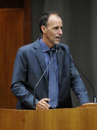 Movimentações no Plenário. Na foto: O Vereador Marcelo Sgarbossa.