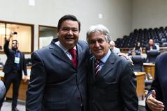 Eleição dos vereadores Professor Wambert e Nelcir Tessaro para a presidência e vice-presidência da Escola do Legislativo