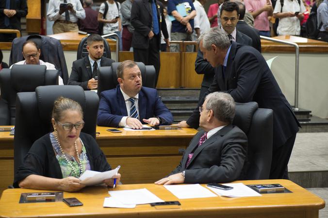 Movimentações de plenario.