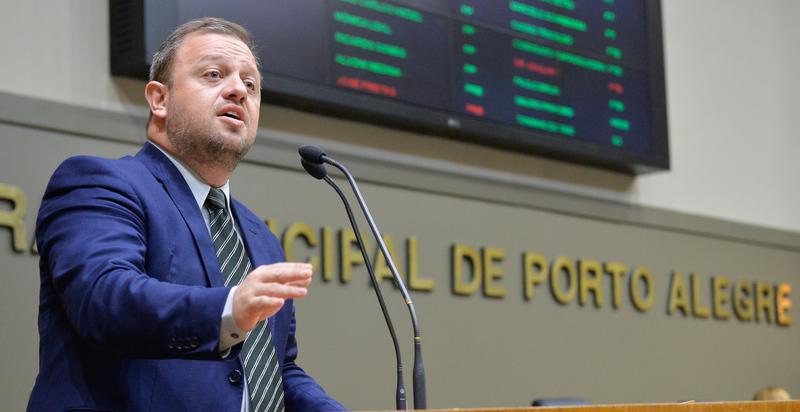 Movimentações de plenário. Na foto, o vereador André Carus