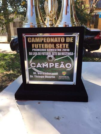 Troféu do campeão oferecido pelo vereador Dr. Thiago