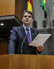 Movimentações de plenário. Na foto, o vereador Márcio Bins Ely.