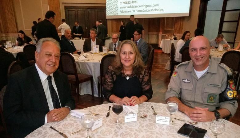 Vereadora Lourdes na Associação Comercial de POA