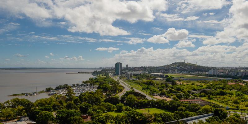 Porto Alegre, Zona Sul, estádio Lago Guaíba, Morros da Capital, Parques, Transporte Hidroviário, Barco, Jockey Club do Rio Grande do Sul. SFCMPA.