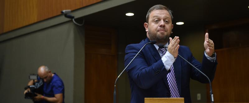 Movimentações de plenário. Vereador André Carús