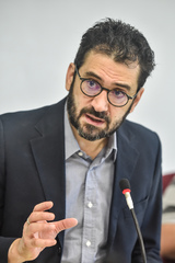 Reunião para discutir a segurança nas escolas. Na foto, o secretário municipal da Educação, Adriano Naves de Brito .