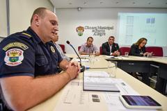 Reunião para discutir a segurança nas escolas. Na foto, o Comandante da Guarda Municipal em exercício, Rodrigo Meotti.