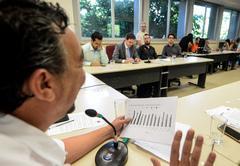 Reunião para debater a terceirização no Samu e a Assistência Laboratorial Municipal.