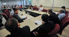Reunião para discutir a situação de abandono do Vivieiro Municipal de Porto Alegre.