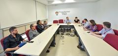 Ampliação dos serviços dos caps para dependentes quimicos. Presença da SMS e Associação São Carlos.