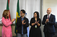 Na foto, a partir da esquerda: Mônica Leal, Felipe Tedesco, Márcia Menna Barreto (Recursos Humanos) e Guilherme de Freitas