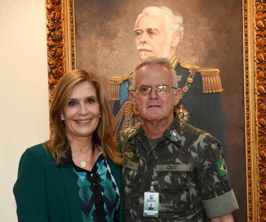Vereadora Mônica Leal faz visita ao General Miotto - Comando Militar do Sul.