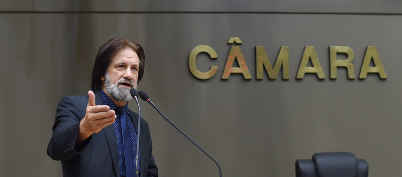 Movimentação de Plenário. Na foto: vereador Aldacir Oliboni