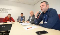 Reunião para discutir os serviços de Telemarketing, Internet e os Direitos Humanos, Cidadania e do Consumidor. Ao microfone, o representante da Anatel, Maurício Peroni.