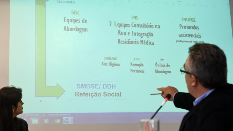 Restaurante Popular. Na foto: Diretor Geral de Direitos Humanos da Prefeitura Dario Pereira.