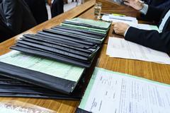 Proposta visa, entre outros objetivos, tornar linguagem de leis mais acessíveis aos leigos