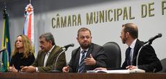 Na foto, a partir da esquerda: Ingrid Birnfeld, Sebastião Melo, André Carús e Daniel Martini
