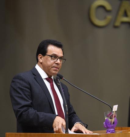 Movimentação de plenário. Na foto, vereador Alvoni Medina.