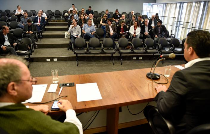 Cuthab discute a  elaboração de uma lei municipal sobre a manutenção de instalações e equipamentos de sistema de climatização de ambientes em Porto Alegre.