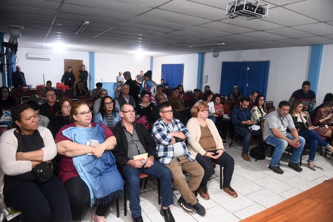 Comissão se reúne para chamamento público pro Pronto Atendimento da Lomba do Pinheiro.