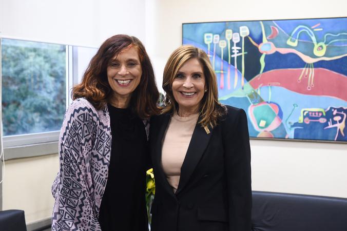 Presidente Mônica Leal recebe a deputada estadual Sofia Cavedon.