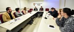 Debates sobre o teste do pezinho com profissionais da saude e envolvidos na questão.