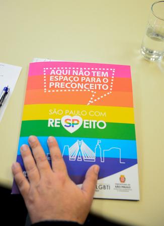 Comissão debate o acolhimento da população LGBTI dentro das políticas públicas.