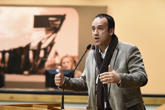 Audiência Pública para debater sobre os editais acerca da Educação Infantil da Secretaria Municipal de Educação. Na foto, o vereador Moisés Barboza