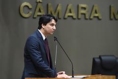 Fernando Schunck apresentou dados aos vereadores