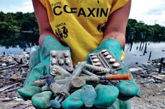 Medicamentos descartados estão entre os resíduos que precisam de recolhimento e tratamento adequados