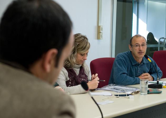 Comissão debate o crescimento dos índices de HIV. Ao microfone, Luiz Lunardi, representando a Fonte Colombo.