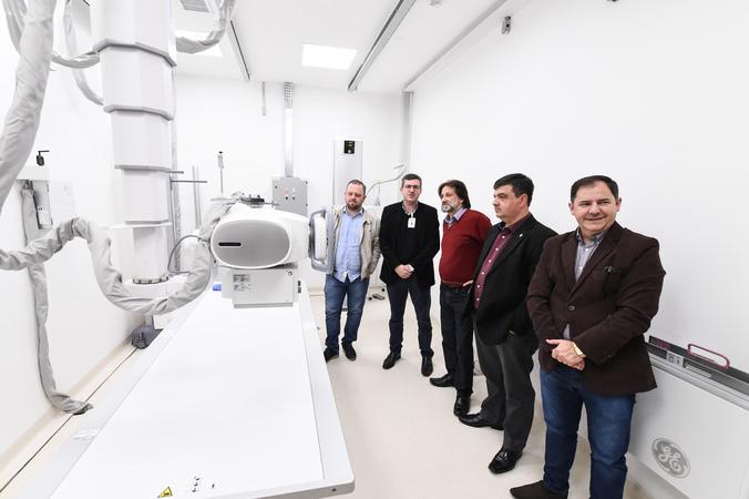 Visita ao Hospital Santa Ana. Na foto, vereadores André Carús, Aldacir oliboni, José Freitas e Hamilton Sossmeier com o diretor do hospital