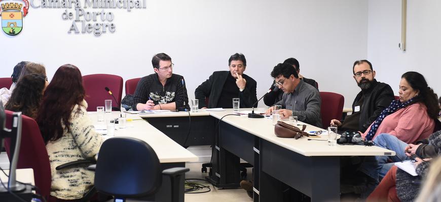 Participantes manifestaram preocupação com o esvaziamento do programa para jovens adultos na Capital