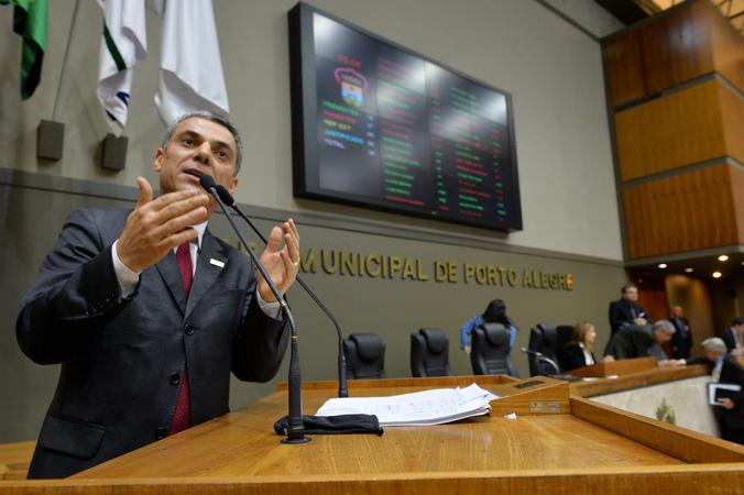 Movimentação de plenário. Na foto, vereador Cássio Trogildo.