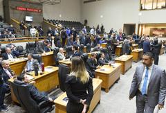 Votação do pedido de impeachment foi feita na tarde desta segunda-feira