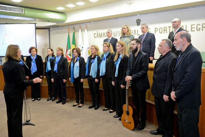 Sessão Solene em homenagem aos 80 anos do Instituto Brasileiro de Geografia e Estatística (IBGE). Na foto: Coral do IBGE
