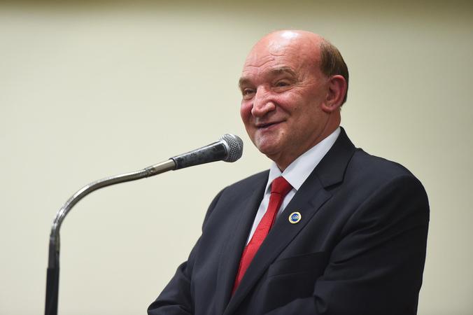Sessão Solene para a concessão de título de Cidadão de Porto Alegre a Sérgio Afonso Manica. Na foto, o homenageado
